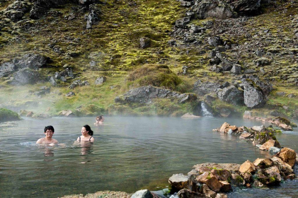 sources d'eau chaude en Islande