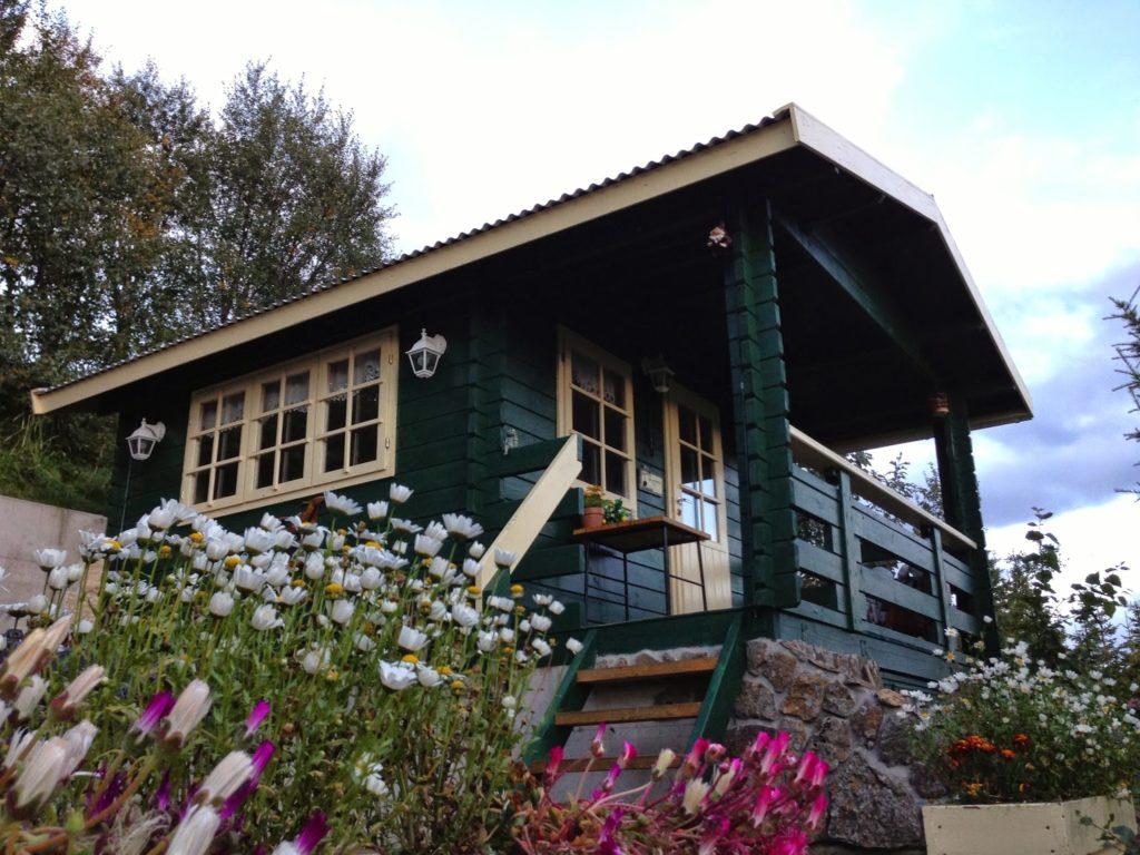 Elf Guesthouse - Akureyri